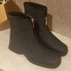 Etienne Aigner Black Winter Boots. NWOT. Size 7.5